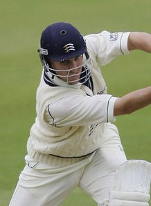 Middlesex fail to force win