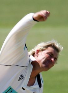 Warne sidelined by rib injury