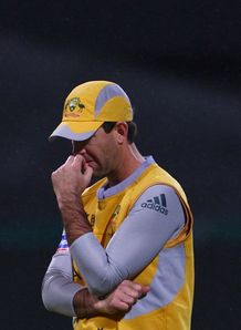 Aussies wait on Ponting