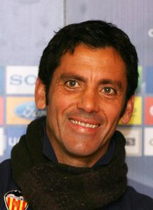 Atletico make Flores appointment