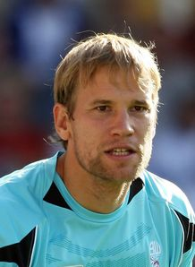 Jussi agrees Bolton deal