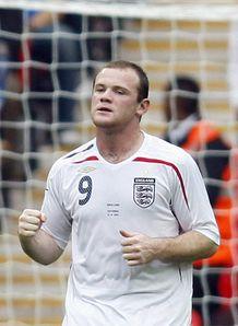 Rooney se těší na spolupráci s Capellem