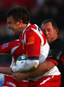 Yachvili late show stuns Sarries