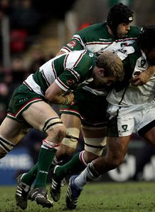 Seilala Mapusua tackled Leicester v London Irish