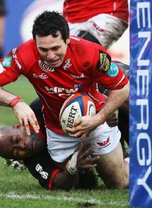Stephen Jones Scarlets Saracens