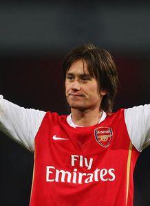 Tomas_Rosicky_celeb_Arsenal_v_Chelsea_611728.jpg