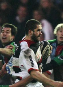 Sarries edge past Quins