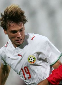 Gunners move for Bulgarian
