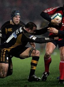Shaun Payne of Munster in HEC action v Wasps