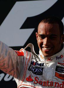 Hamilton dominates Down Under