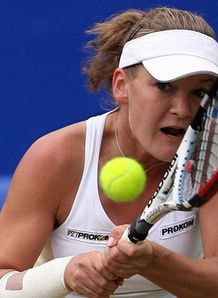 Radwanska wins at Eastbourne