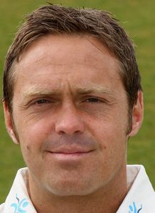 Derbyshire suffer bad break