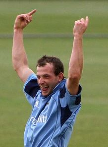 Derbyshire complete easy win