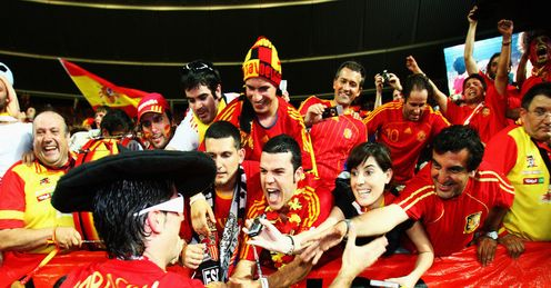 Spain fans: Celebrating with Joan Capdevila