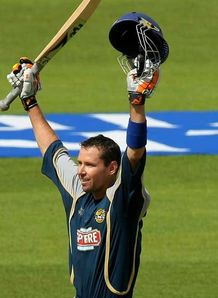 Kent ease into Trophy final
