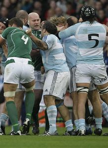 Ireland v Argentina fight 2008