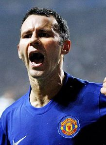 United to offer Giggs new deal
