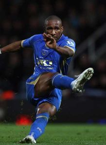Defoe sickened by threats