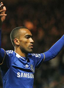 Bayern end Bosingwa hopes