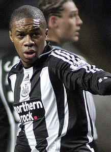 N'Zogbia explains Magpies exit