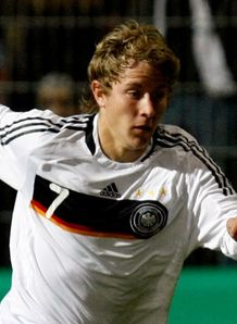 Mainz move for Holtby