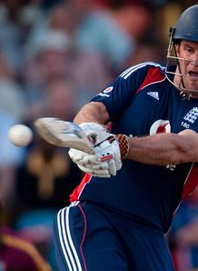 Strauss out of T20 squad
