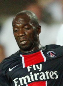 Makelele to hang up boots