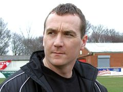 Fleetwood boss Micky Mellon