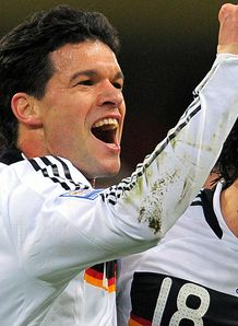 Low reassures Ballack