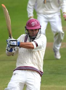 Somerset bat out draw