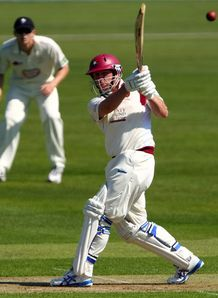 Steelbacks seal maiden win