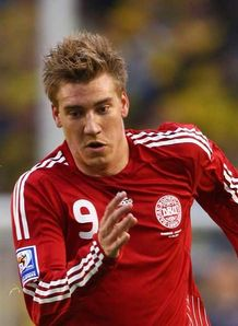 Bendtner rejects Roma rumours