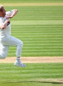 Hoggy hat-trick destroys Sussex