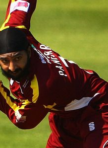 Panesar signs for Sussex