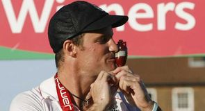 Andrew Strauss celebrates Ashes glory