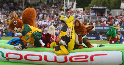 Mascot race: more chaos in store