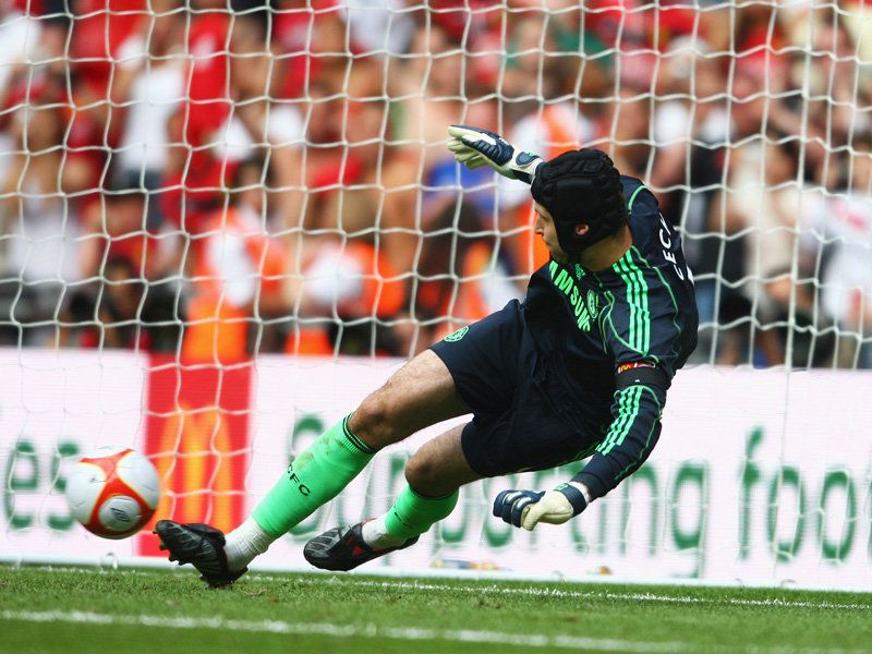 Chelsea-v-Manchester-United-Petr-Cech_2345672