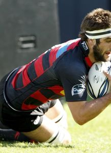 Sam Whitelock scores