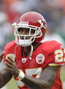 Chiefs suspend LJ