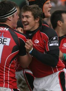 Andy Saull celebrating Bath score