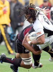 Ma a Nonu met by tackler