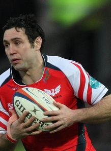 Stephen Jones Scarlets HEC