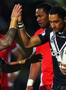 Kiwis battle past Tonga