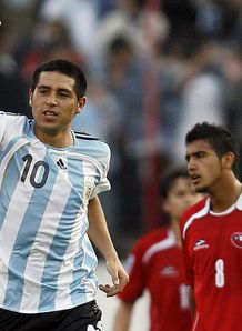 West Ham near Riquelme coup