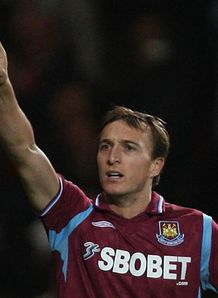 Hines the hero for Hammers