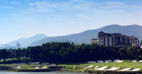 Mission Hills - the 15th on the Olazabal Course