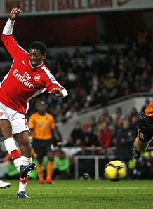 Abou-Diaby-Arsenal-Premier-League_2399051.jpg
