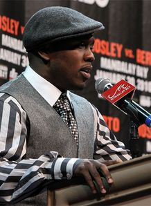Berto out of Mosley bout