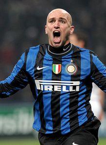 Esteban-Cambiasso-Inter-Milan-Champions-Leagu_2423947.jpg