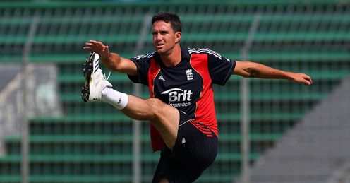 Strictly regime: Pietersen in training after criticising Chittagong conditions